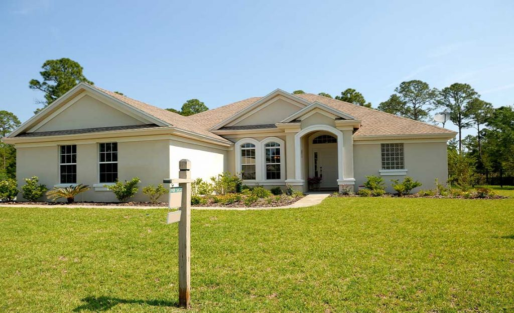 Home with Lawn | Goodwin Landscape Naples, Florida